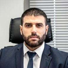 Νίκος Μαζαράκης